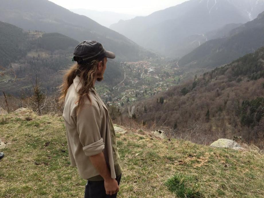 Sur les hauteurs de Saint-Martin Vésubie, Sébastien Pinot va remettre des terres abandonnées depuis 30 ans, en culture.
