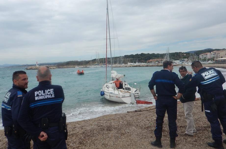1. Centre régional opérationnel de surveillance et de sauvetage en Méditerranée.