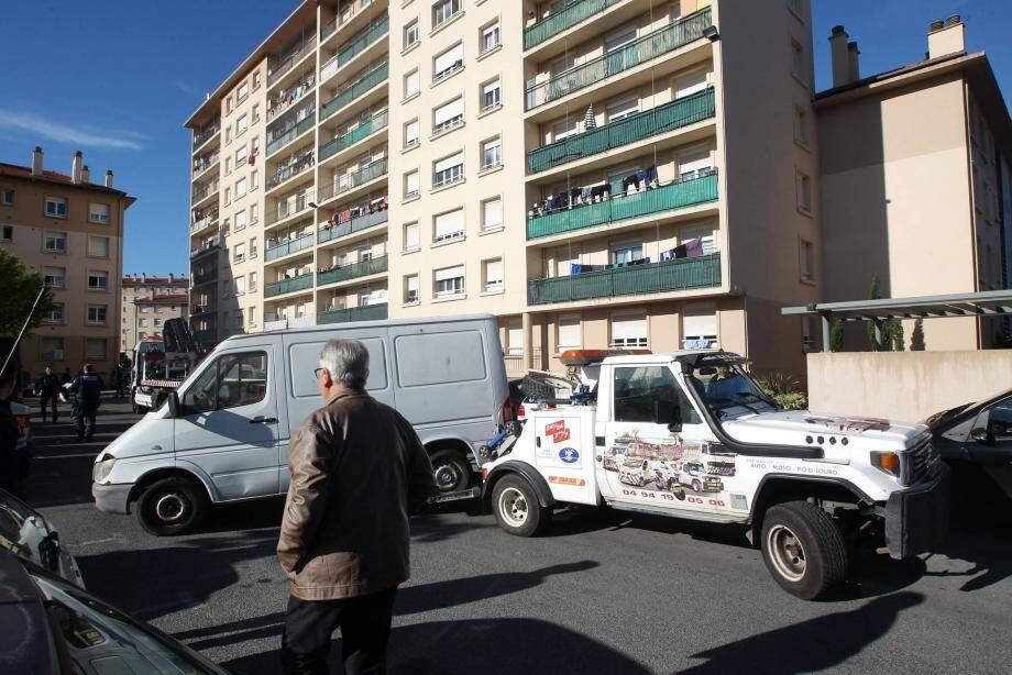 Un dispositif a été mis en place, hier matin, pour dégager des véhicules en situation de stationnement abusif. L'opération, hier à La Gabelle, se déroule régulièrement dans tous les quartiers de la ville.