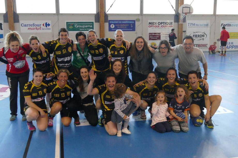 Une belle victoire 27 à 17 contre l'AS PTB Nice pour clôturer en beauté la saison à domicile des Crauroises.