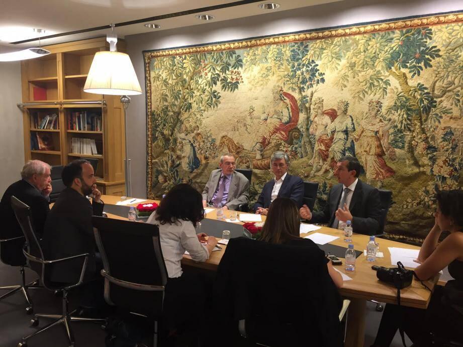Les trois élus d'Union Monégasque, hier après-midi, ont rencontré la presse pour la première fois depuis le changement de présidence.