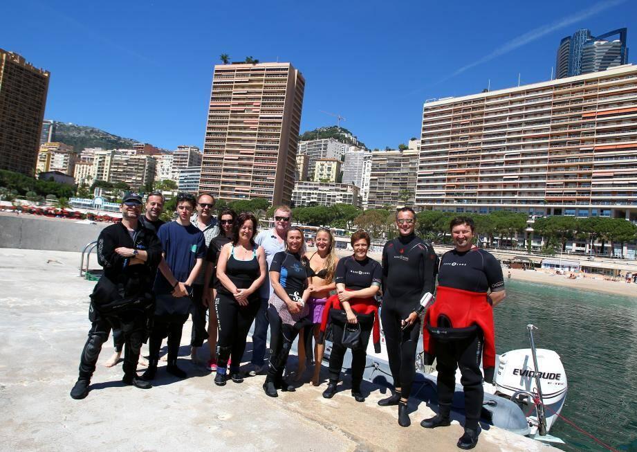 L'équipe de plongeurs de Monaco s'est réjouie hier matin de participer au travail de comptage des espèces de poissons au Larvotto.