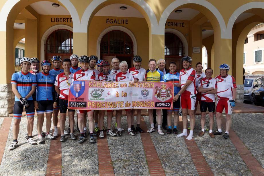 Ils ont parcouru 700 km de l'Aveyron à Monaco, en passant par La Turbie.(DR)