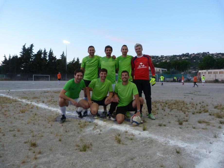 L'équipe du DUC issue de la poule F du championnat du lundi.(DR)