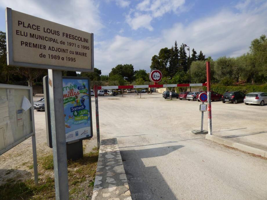 Ce marché se tiendra place Frescolini.