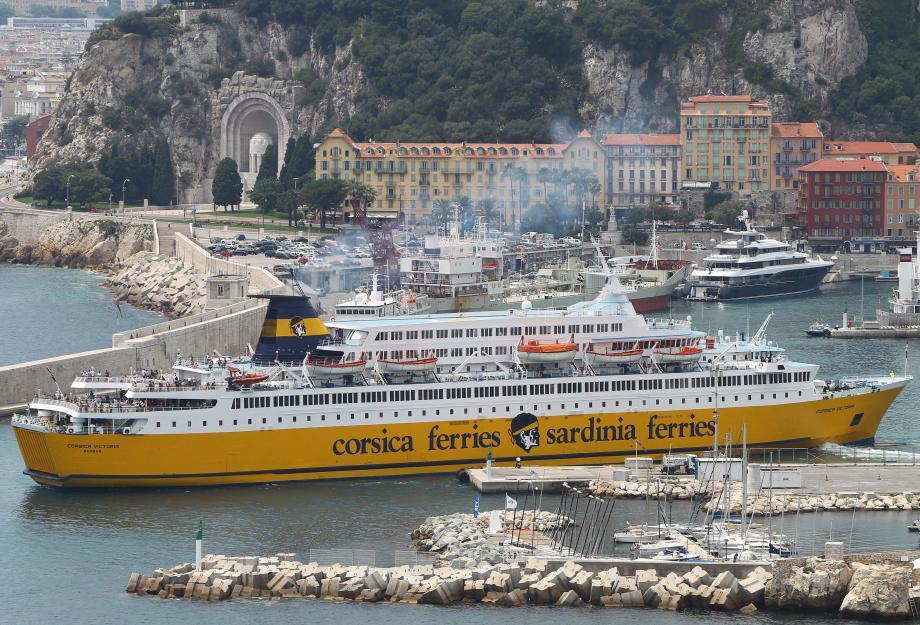 Hier soir, le « Méga Andréa » a fait une escale dans le port de Nice, avant d'effectuer dans la nuit, sa toute première traversée à destination de Porto-Vecchio. En juin, c'est la Sardaigne qui sera desservie.