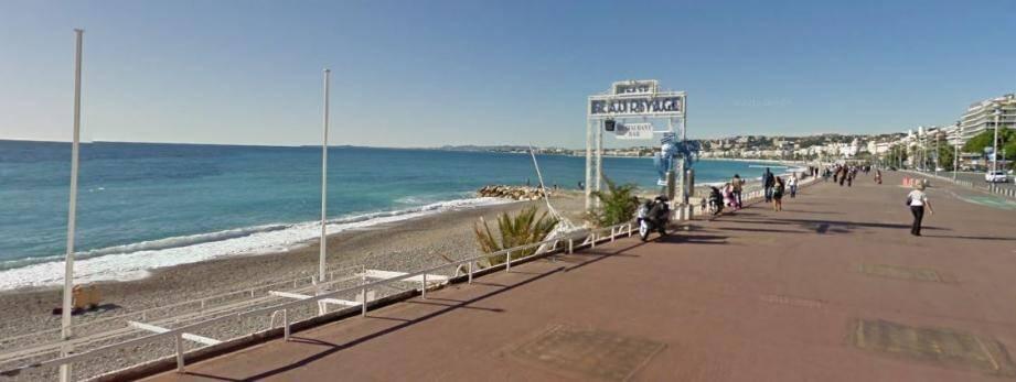 La plage de Beau Rivage à Nice.