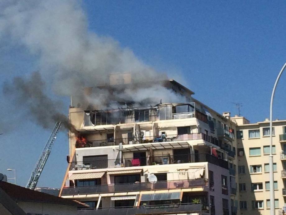 Plusieurs appartement sont partis en fumée ce mercredi après-midi.