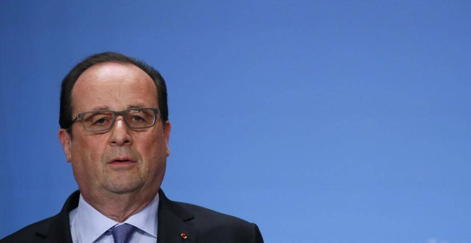 French President Francois Hollande attends a national conference on Handicap help at the Elysee Palace in Paris on May 19, 2016.   / AFP PHOTO / POOL / GONZALO FUENTES FRANCE-POLITICS/-POLITICS-HOLLANDE