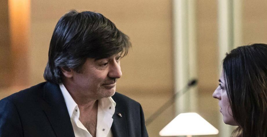 L'ex leader charismatique de la brigade de recherche et d'intervention (BRI) de Lyon et de la Police Judiciaire de Nice est poursuivi pour corruption et trafic d'influence.