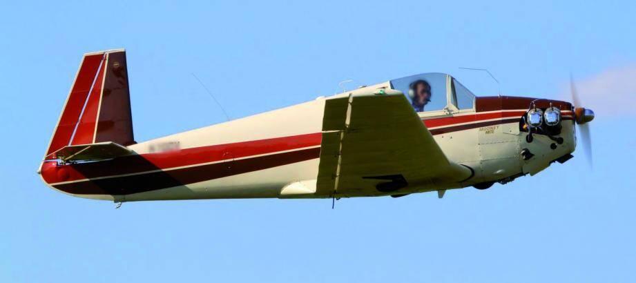 C'est au commande de ce type dappareil, un Mooney 20, que le pilote n'avait pas le droit de piloter.