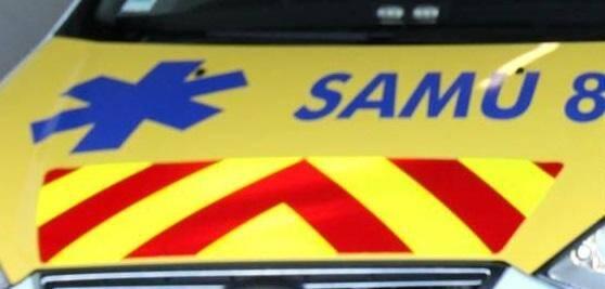 Un véhicule de SAMU 83.