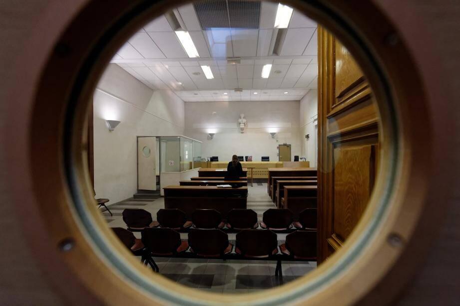 Salle d'audience du tribunal de Toulon