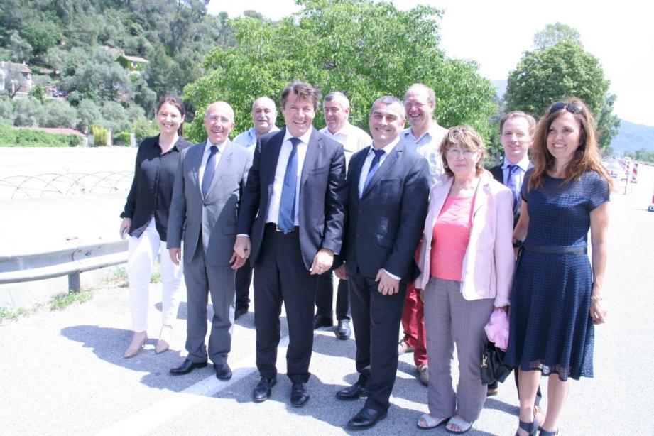 Christian Estrosi, Éric Ciotti, Marine Brenier, Hervé Paul et de nombreux élus ont constaté l'avancement des travaux d'envergure.