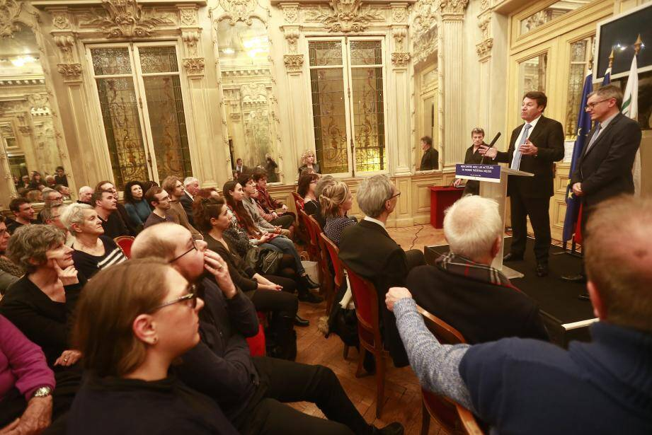 Début février, le maire avait réuni les représentants du monde théâtral niçois pour présenter sa politique en faveur du spectacle vivant.