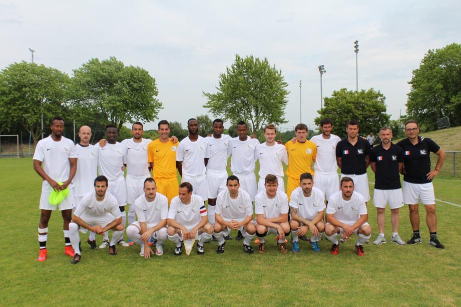 L'équipe de France de football corporate, avec sept titres de championne d'Europe EFCS, sera l'une des sélections favorites pour remporter ce premier tournoi international de cette envergure.