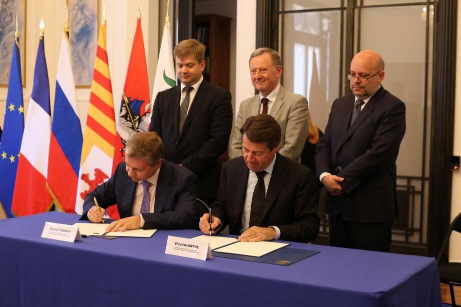 La signature s'est faite dans le cadre des Journées de Moscou.