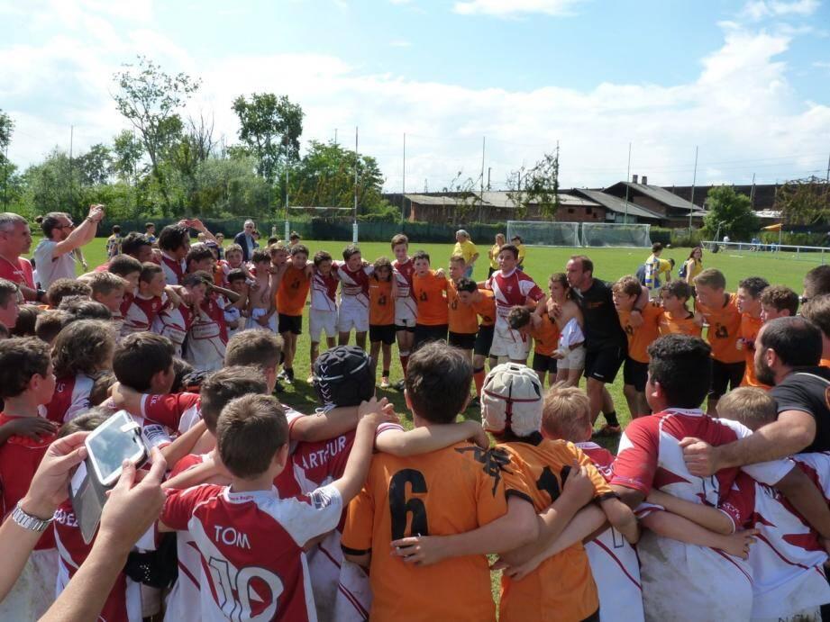 Engagement, détermination, cohésion : les enfants de l'école de rugby de l'ASM ont toutes les qualités pour aller loin.