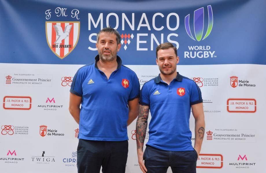 Terry Bouhraoua (à droite) avec son entraîneur et sélectionneur Frédéric Pomarel, lors de la conférence de presse annonçant le tournoi.