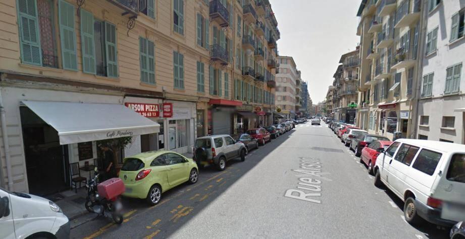 C'est au 50 de la rue Arson que se trouve le Café populaire, établissement dirigé par Fred Braquet, frappé d'une fermeture administrative jusqu'au 10 juillet, fin de l'Euro.(Capture écran Google-Map)