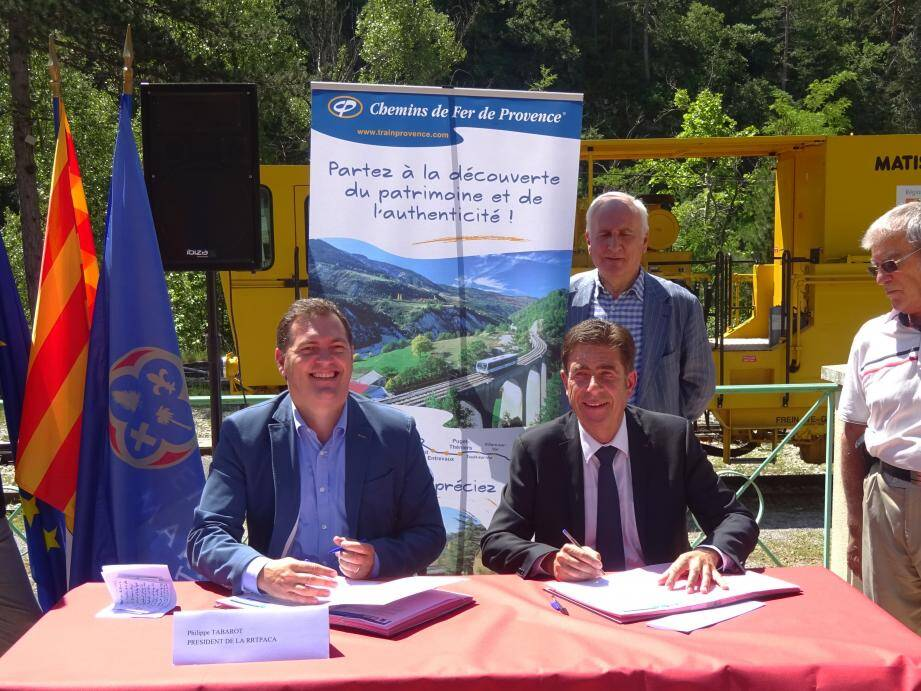 Charles-Ange Ginésy et Philippe Tabarot ont signé une convention pluriannuelle de partenariat.