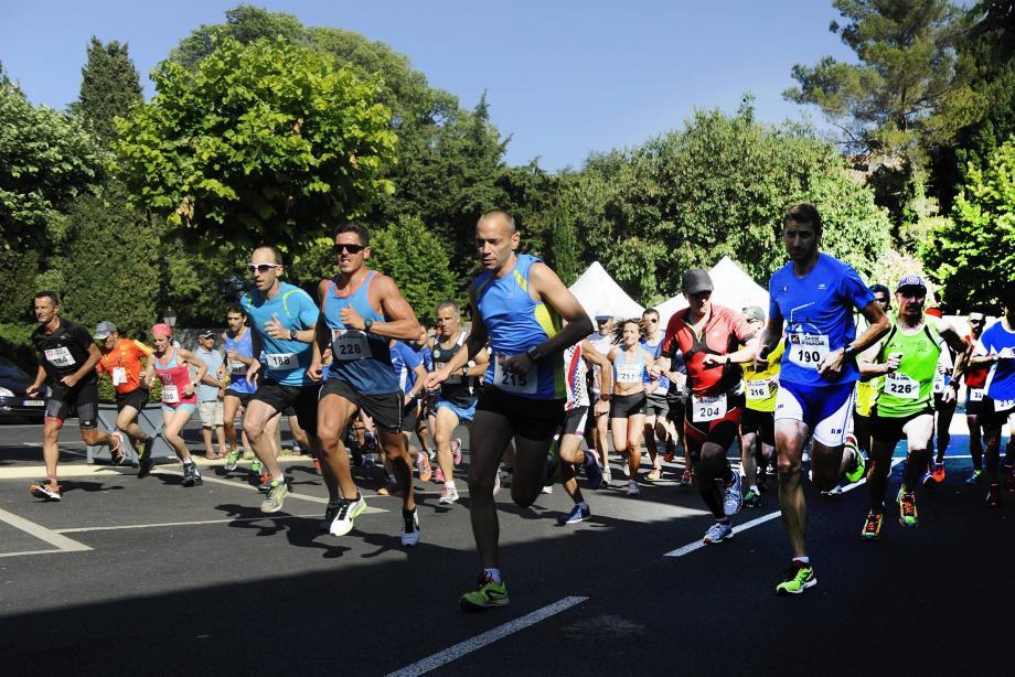 L'an passé, les coureurs avaient eu droit à 6 km. Cette année, c'est 9 km. Tout augmente !