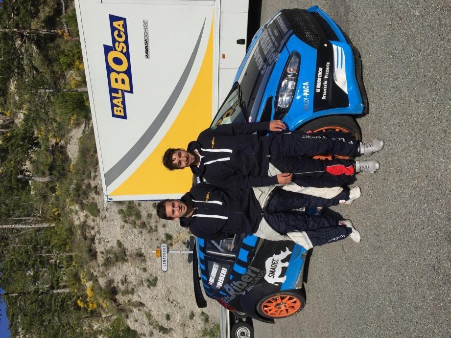 En compagnie de l'ami copilote Florian Haut-Labourdette, Bruno Riberi espère apprivoiser cette Ford Fiesta R5 à toute vitesse.
