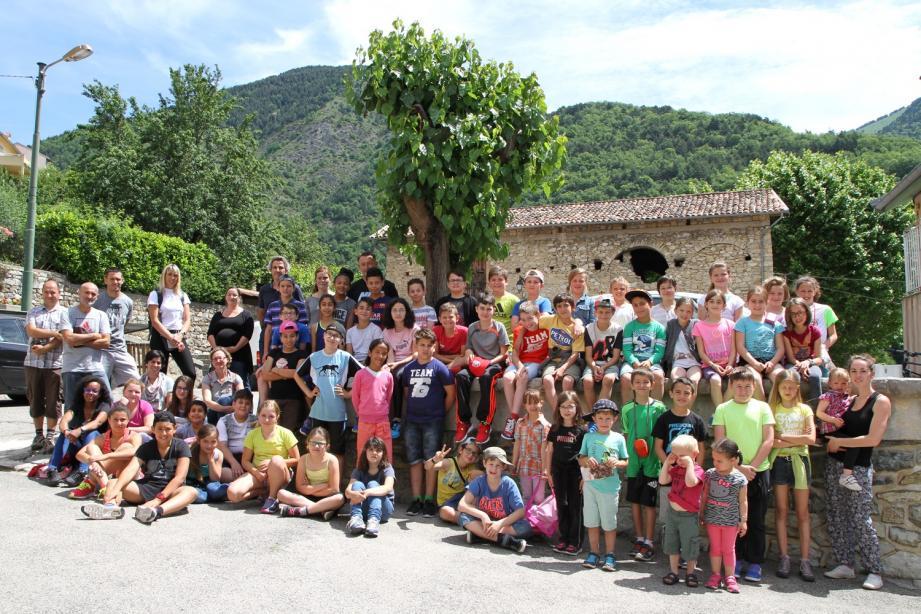 La cinquantaine d'élèves de CM1, CM2 et de classe unique des écoles de Sospel, Menton et Moulinet se sont grandement amusés à cette chasse au trésor pédagogique. L'an prochain, le challenge organisé par Frédéric Bissiau et Laurent Misset se poursuivra dans un autre petit village du coin.