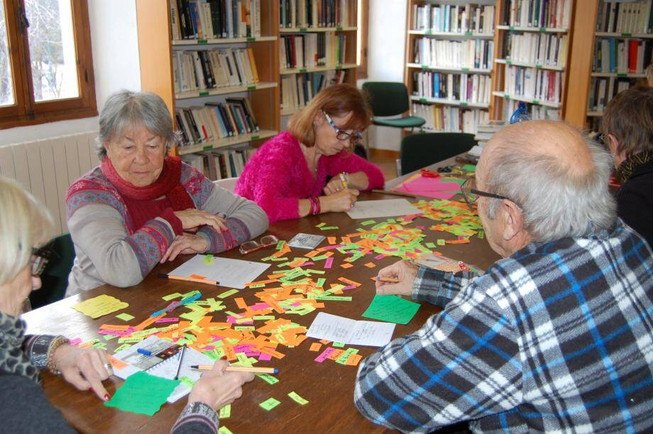 Biblihautpays c'est aussi des ateliers poésie.