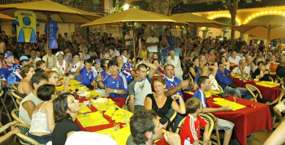 Finalement les écrans pour voir les matches de l'Euro en terrasse seront autorisés, mais à certaines conditions.