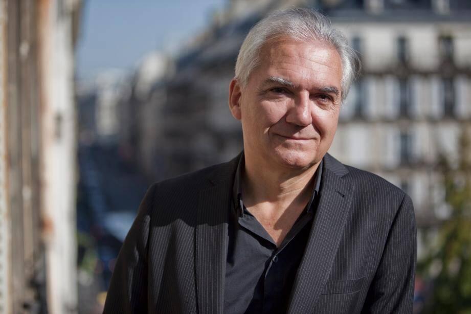 Olivier Gardon, pianiste et directeur de l'Académie Internationale d'été de Nice sera au clavier ce soir à Anthéa.