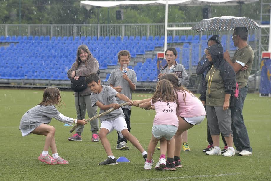 Ce samedi, la commune de Châteauneuf a organisé les VIIIe Olympiades réservés aux élèves de CE et CM de 7 communes alentours.