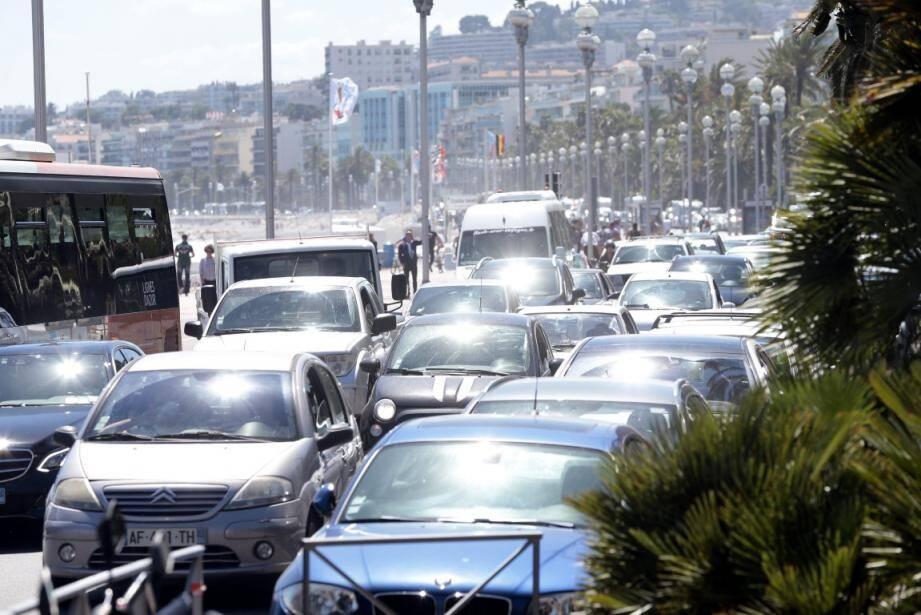 Les bouchons dans le centre ville de Nice pendant le 17 juin dernier.
