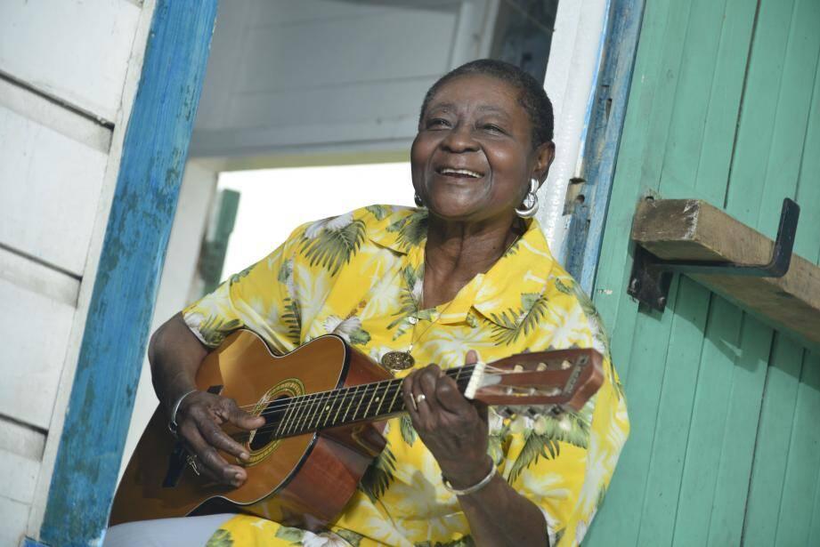 Calypso Rose donnera à Cannes la primeur deschansons de son nouvel album Far From Home.