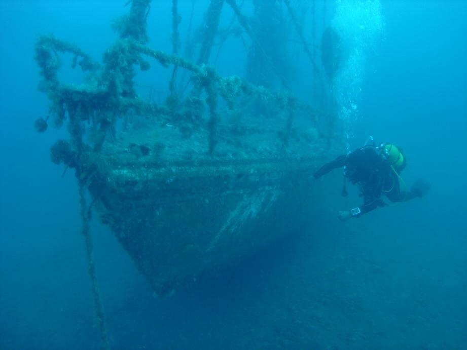 Le site est un spot prisé pour les plongeurs confirmés.
