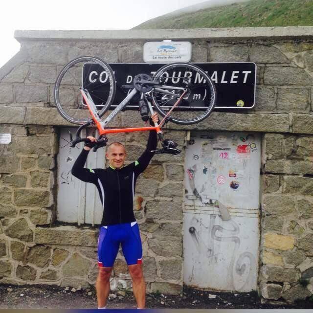A  41 ans, l'ancien demi d'ouverture du XV de France se lance dans son premier Ironman.