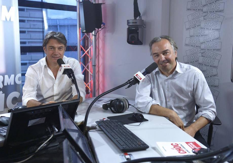 Alain Marschall et Olivier Truchot aux manettes des Grandes Gueules, l'émission de débats sans tabou sur l'actualité de RMC.