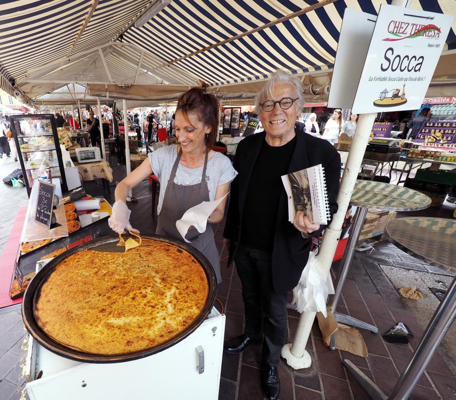 La galette de pois chiches, ici préparée sur le stand de la célèbre Térésa, Cours Saleya, a inspiré quelques considérations hautement croustillantes de l'érudit André Giordan.