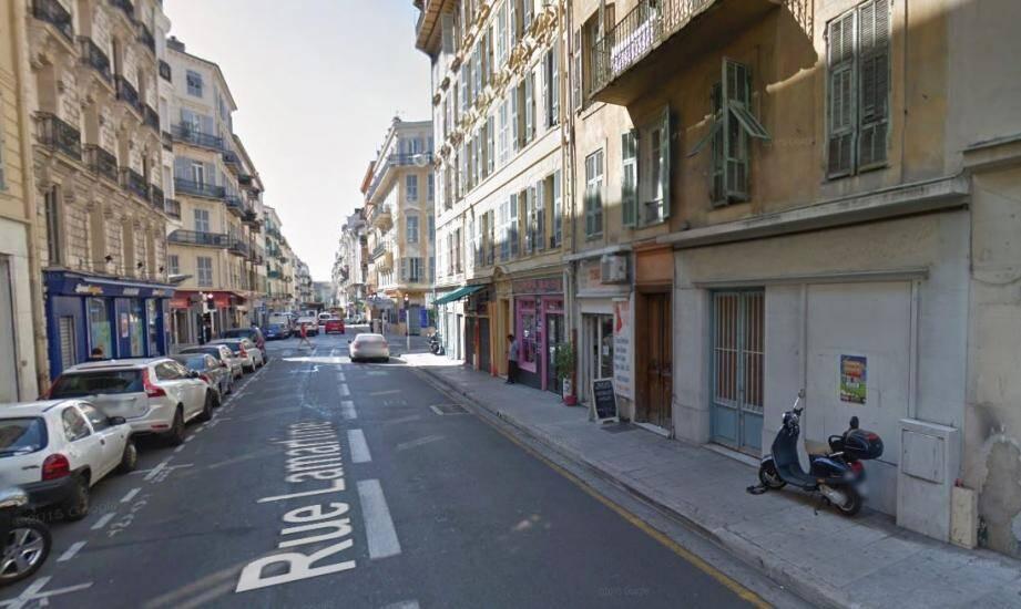 Cette rue de Nice a été le théâtre de cette agression.
