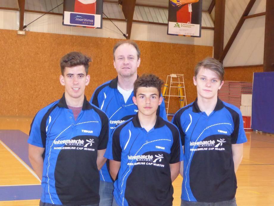 L'équipe vice-championne de Régionale 1 avec de gauche à droite : Guillaume Karboroski, Hervé Manfredi, Luca Carenso et Hugo Martin.