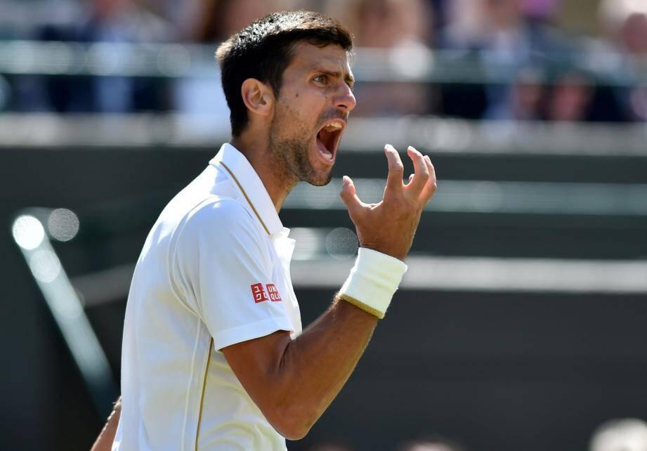 Mené 2 sets à 0 par l'Américain vendredi, Djokovic avait été sauvé par la pluie. Hier, il est finalement tombé. De quoi sortir de ses gonds.