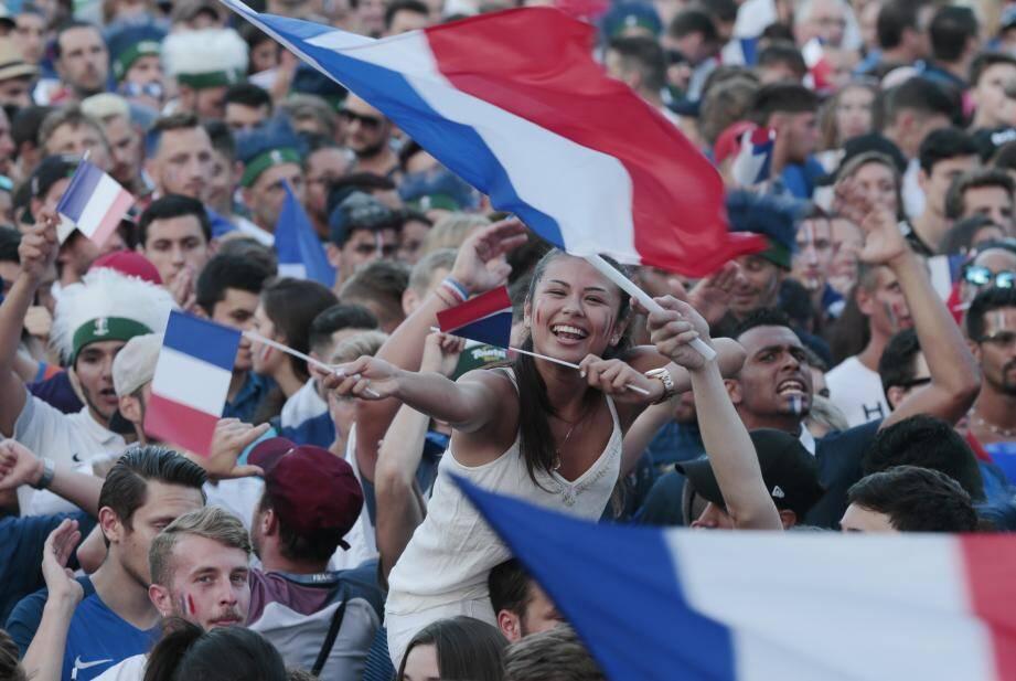 Etat de liesse, hier soir à Nice après l'énorme victoire de la France