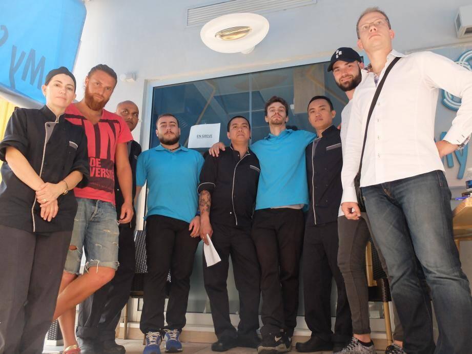 Les salariés de My Sushi mobilisés, hier et Olivier Cardot de l'USM.