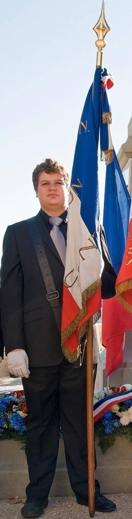 L'enfant du hameau de La Vernéa,  Jean-Claude Barbier, 17 ans, défilera à Paris aujourd'hui.