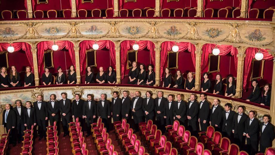 Les quarante choristes de l'opéra vont chanter, face aux gradins demain soir.(D. R.)