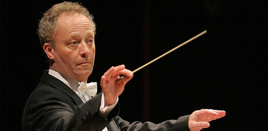 Emmanuel Krivine dirigera aujourd'hui le concert dans la cour du Palais Princier.