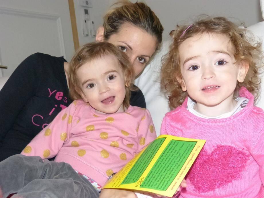Calysta, Léa et leur maman.