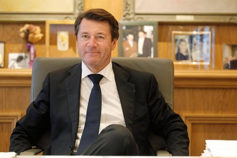 Estrosi gagne six points dans le baromètre Ifop pour Paris-Match, passant de 23% à 29% d'opinions favorables
