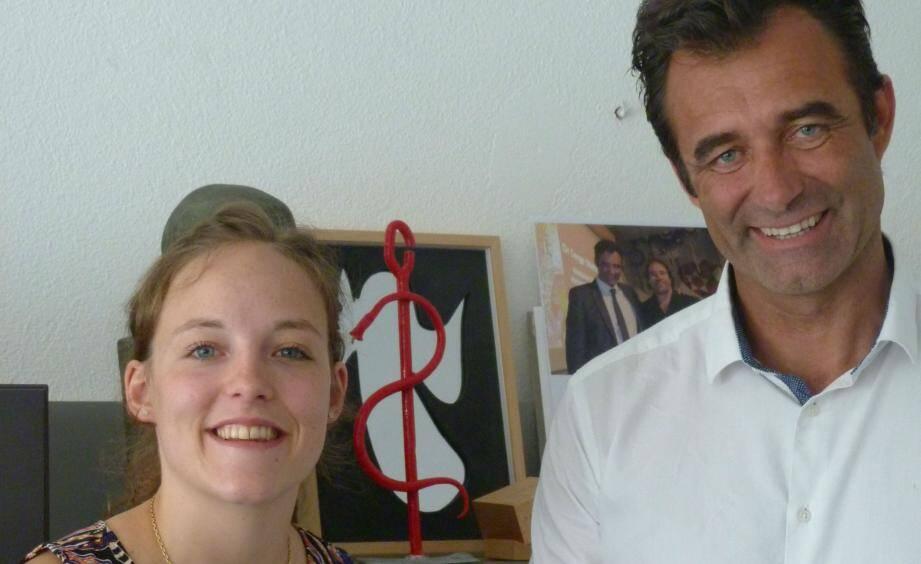 Ondine Walter, lauréate niçoise, et le Pr Patrick Baque, doyen de la Faculté de médecine de Nice.