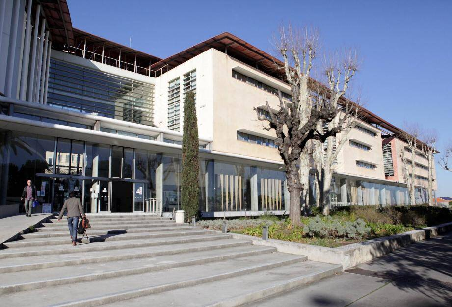 Tribunal de Grasse.